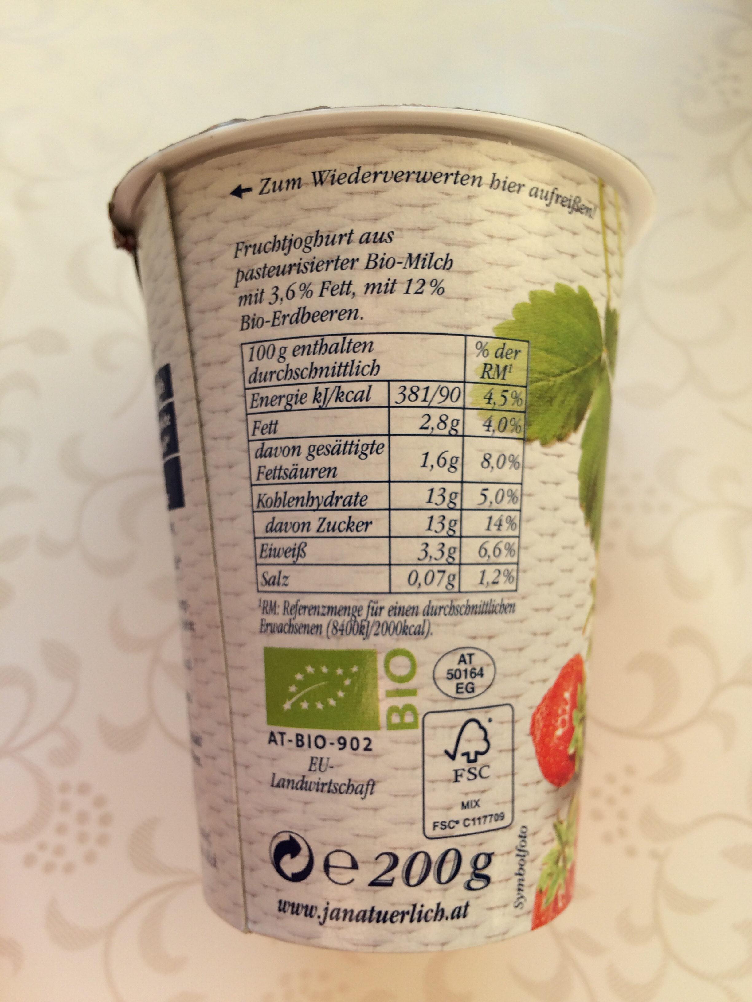 Bio Joghurt Erdbeere - Nutrition facts - de