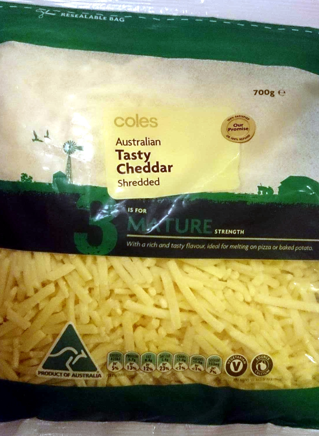 Australian Tasty Cheddar Shredded - Mature Strength - Product - en