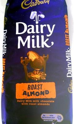Dairy Milk Roast Almond - Product - en