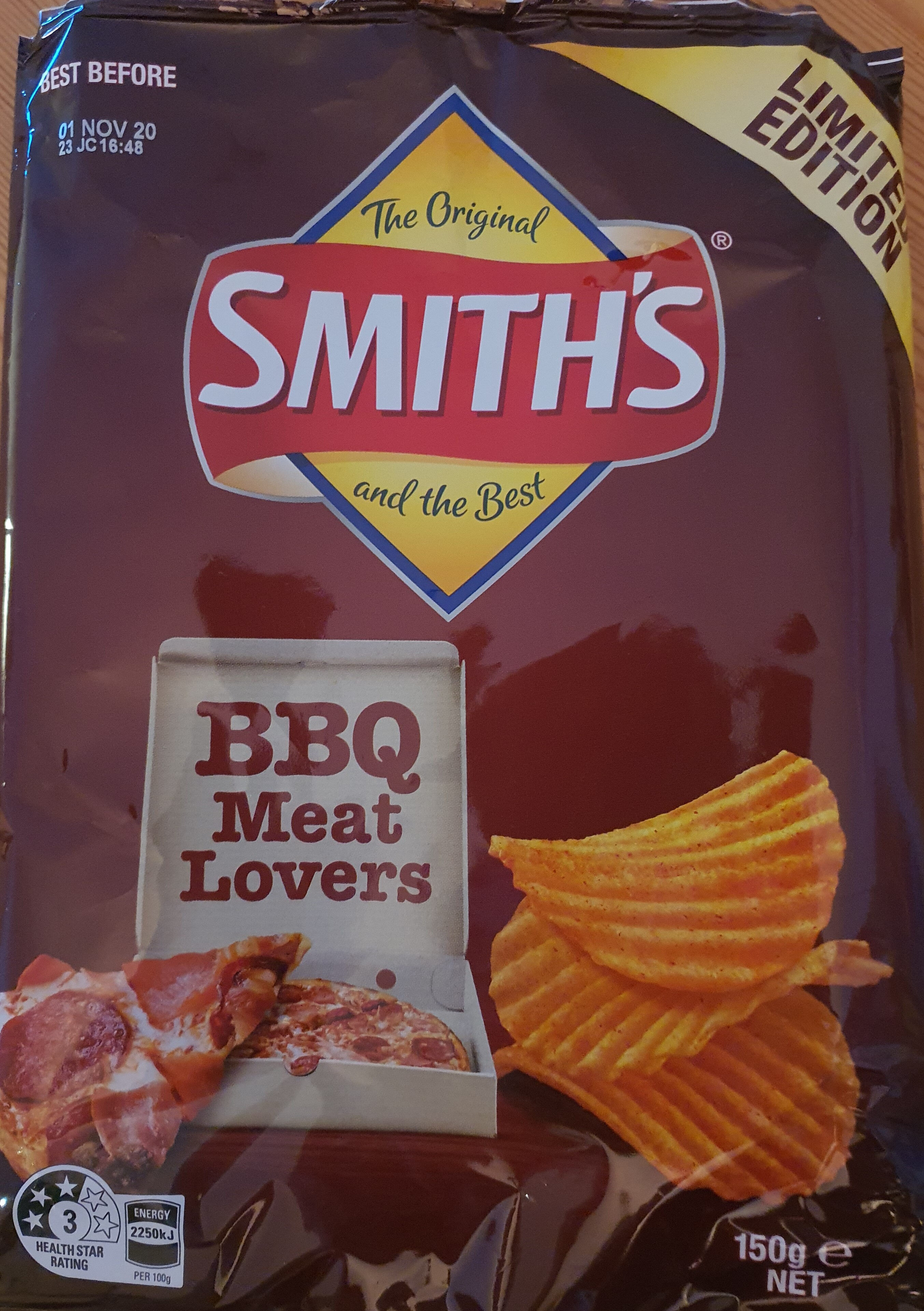 Smith's BBQ Meatlovers Pizza Flavoured Crinkle Cut Potato Chips - Produit - en