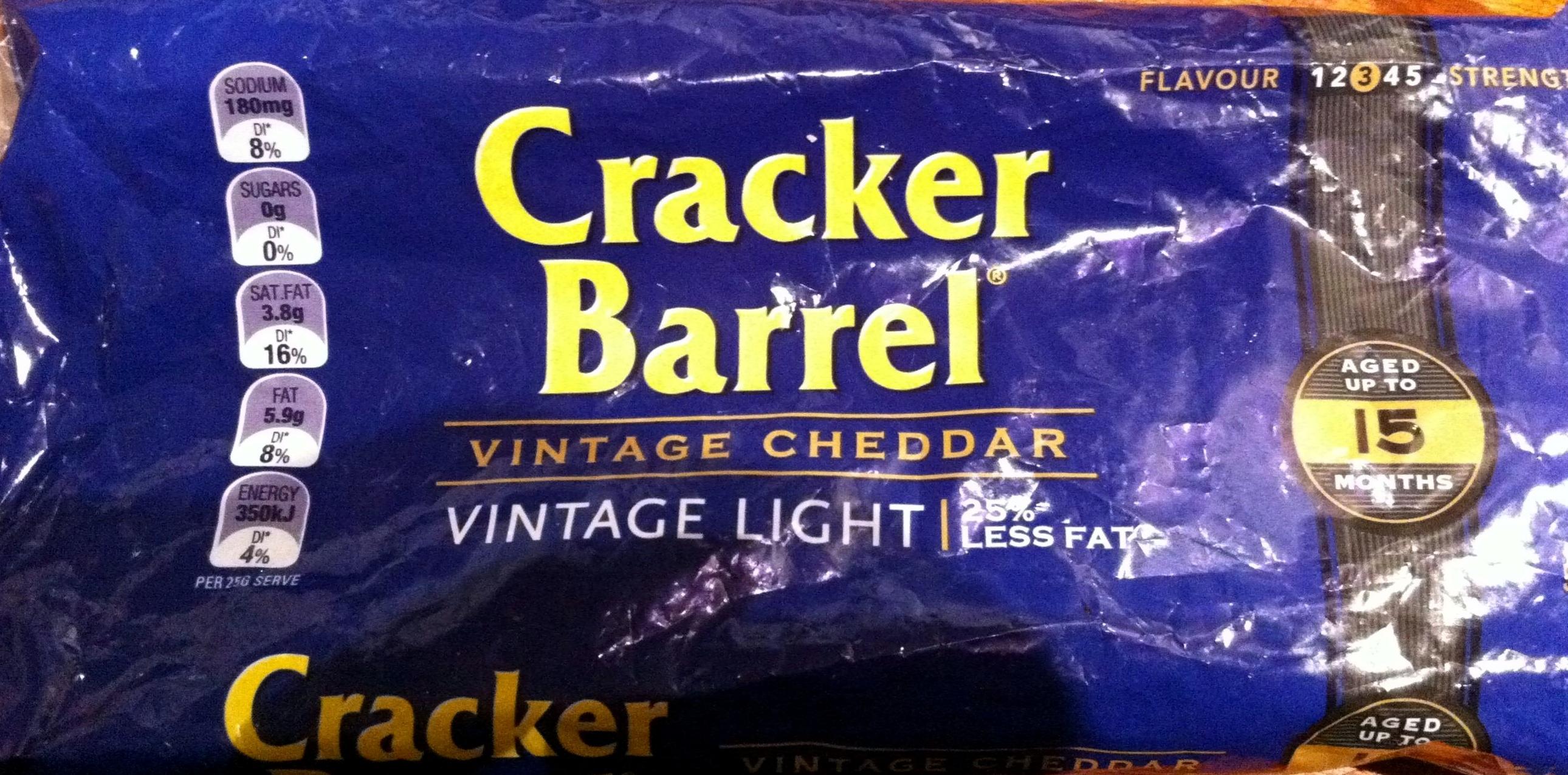 Vintage Light Cheddar - Product - en