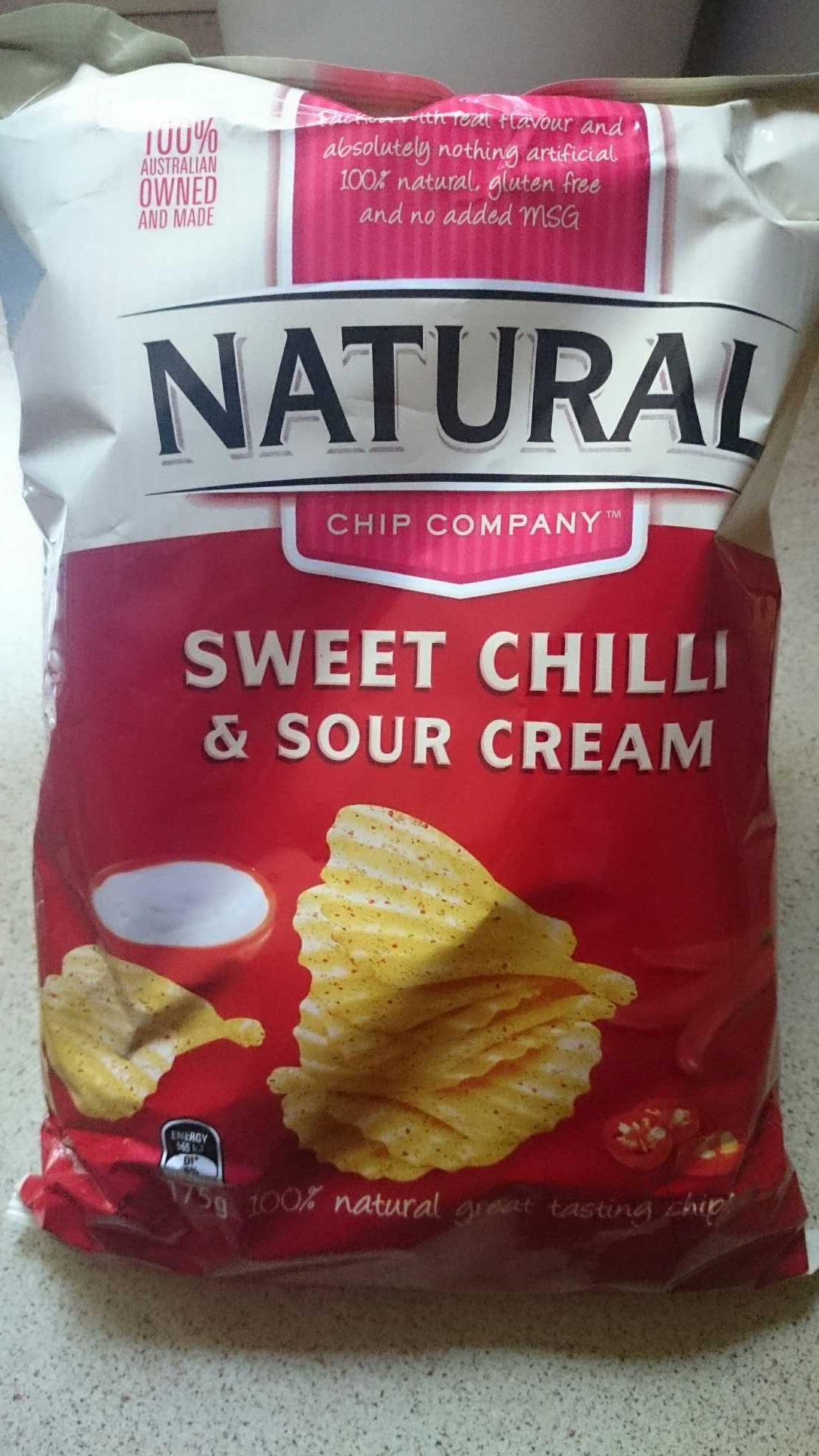 Natural Chip Company Sweet Chilli and Sour Cream Chips - Product - en