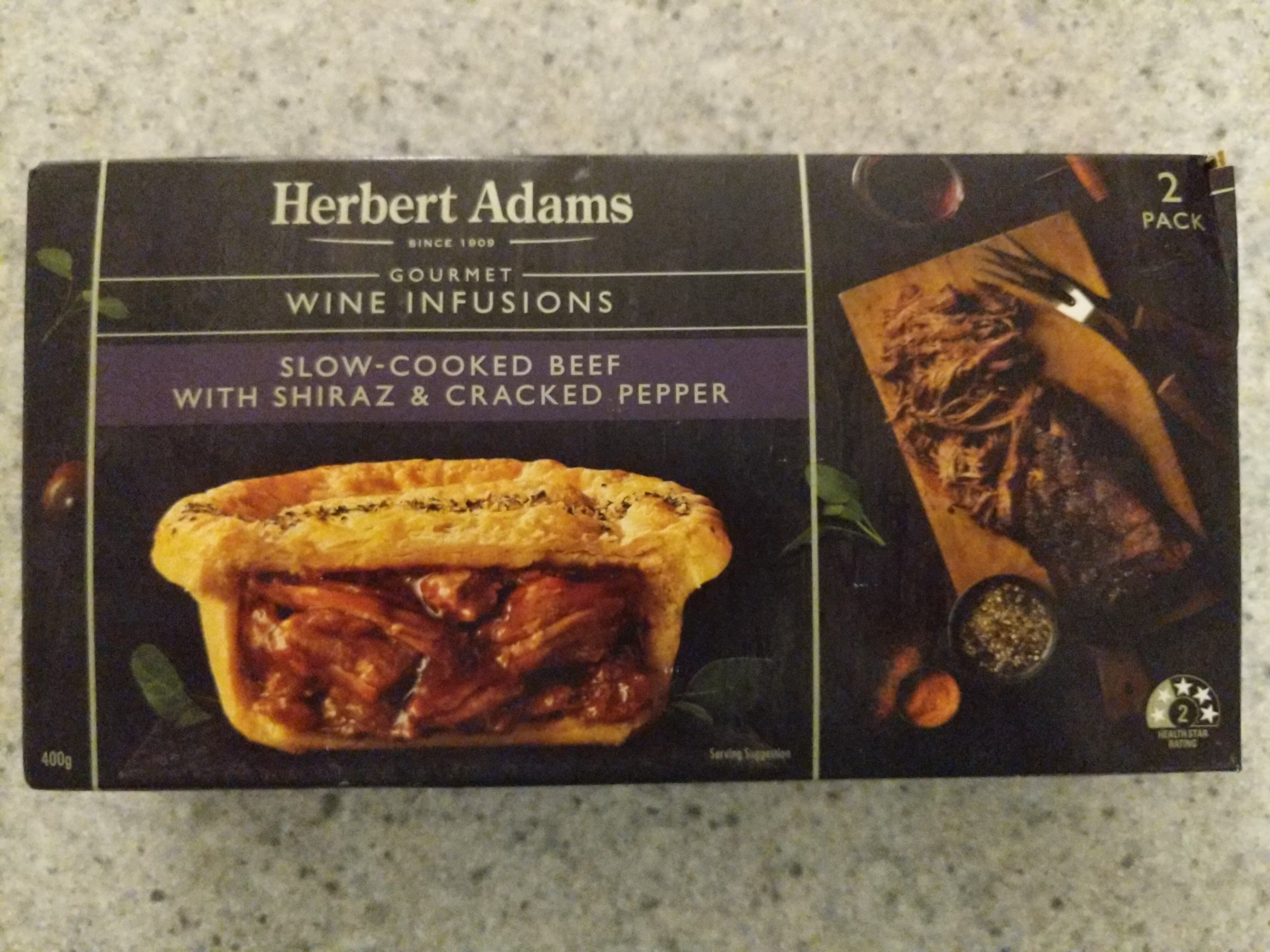Slow-Cooked Beef With Shiraz & Cracked Pepper Pie - Product - en