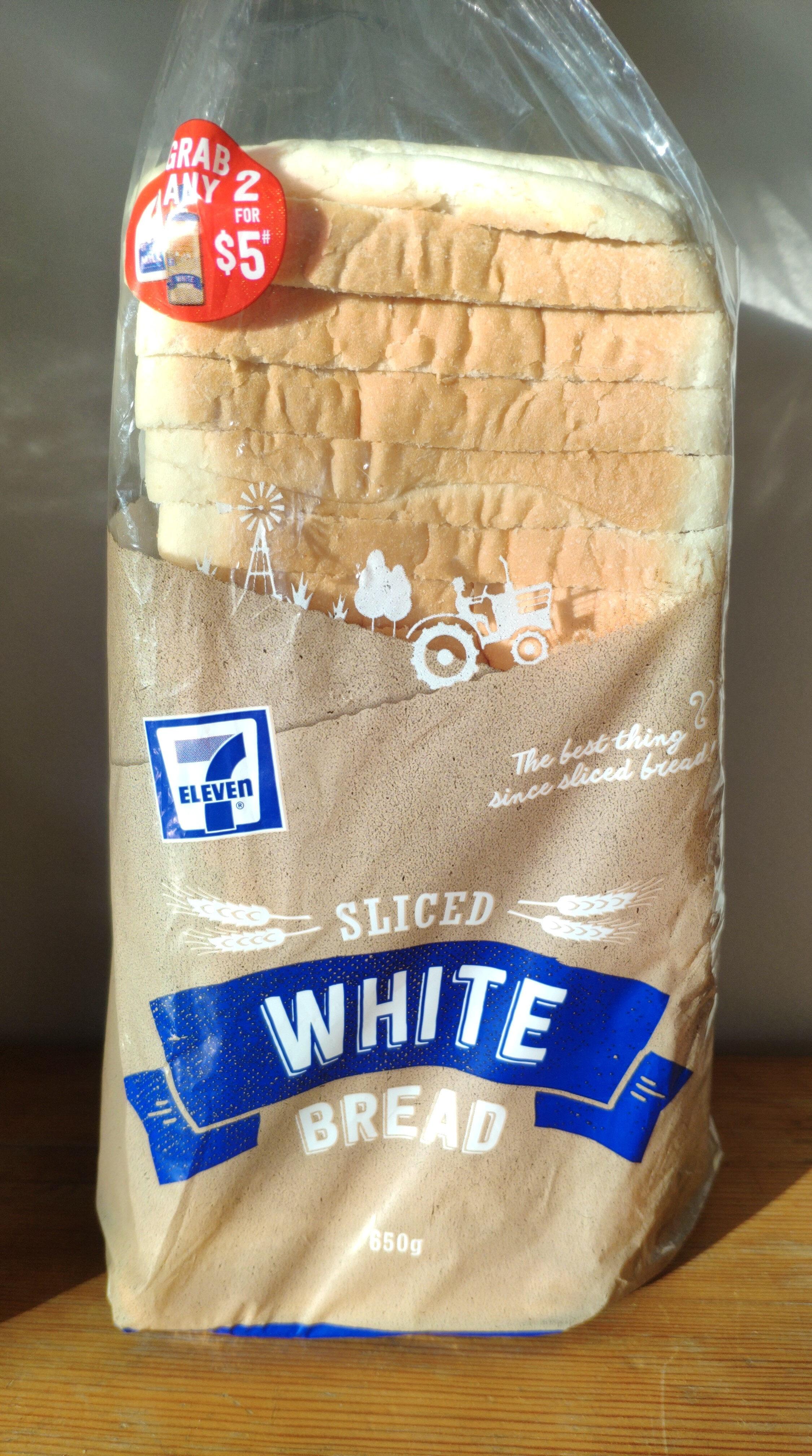 Sliced White Bread - Product - en