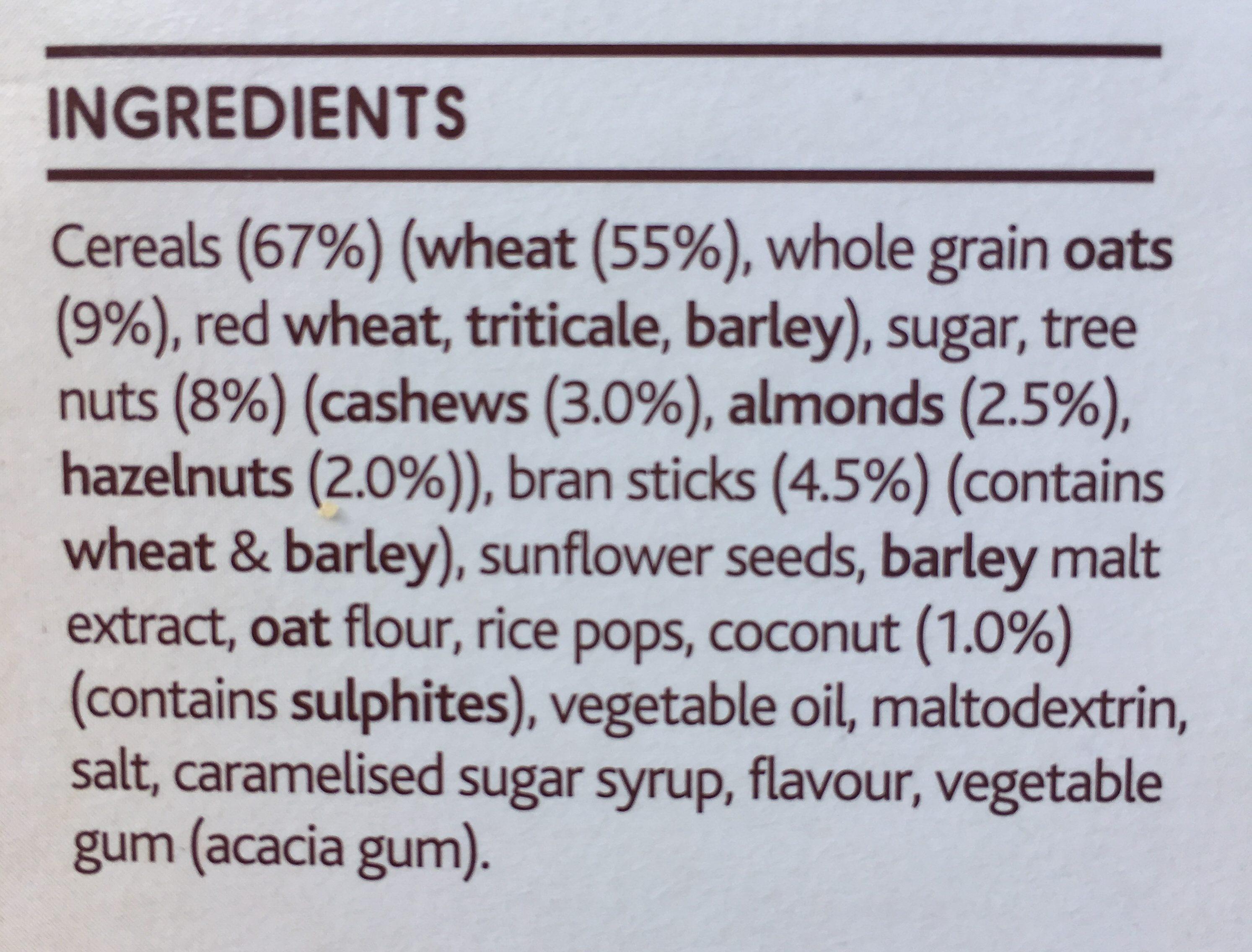 Light & Right Cereal Hazelnut & Almond - Ingrédients - en