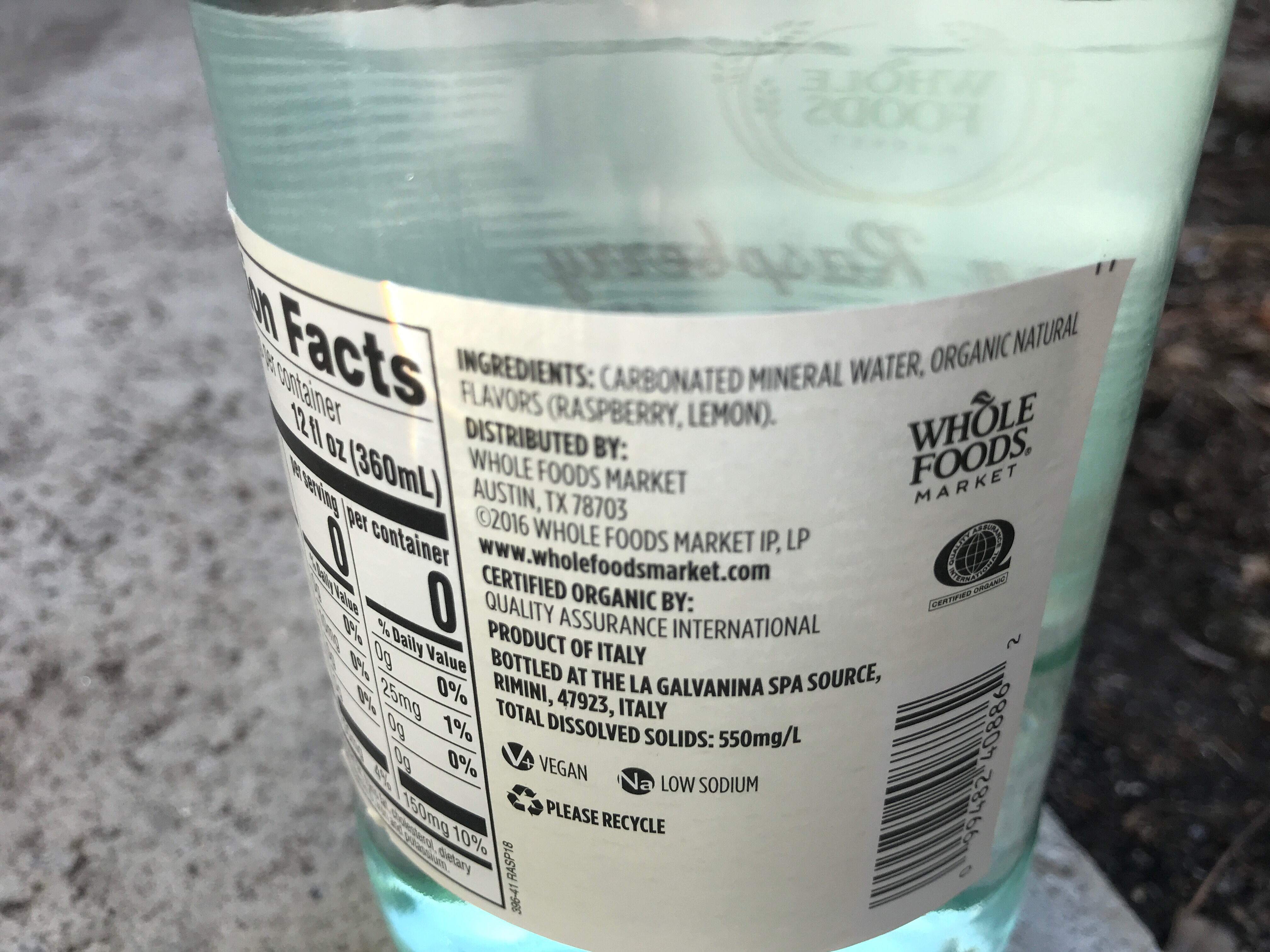 Lemon raspberry italian sparkling mineral water - Ingredients - en